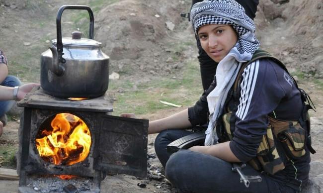 Female Kurdish fighters-syria-17
