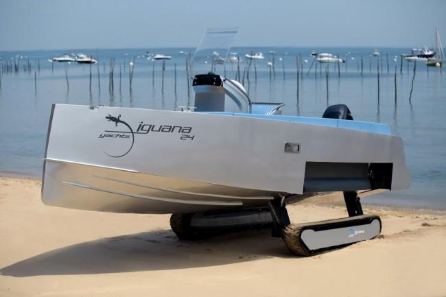 Iguana Yacht-03