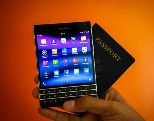 blackberry-passport-01