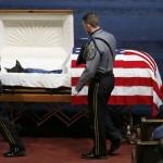 Lễ tang trọng thể cho chú chó cảnh sát hy sinh khi làm nhiệm vụ