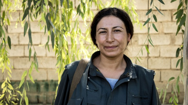 isis-Peshmerga-Women-11