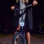Đèn LED bảo vệ an toàn cho người đi xe đạp
