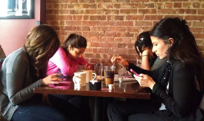 smartphones-in-life-04