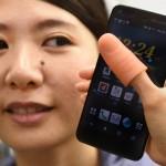 """Phụ kiện """"nối dài ngón cái"""" cho các smartphone màn hình lớn"""