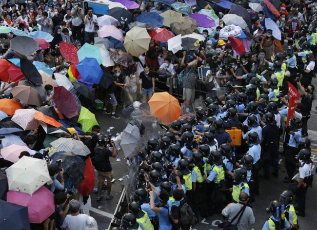 140928-hong kong umbrella protest-04
