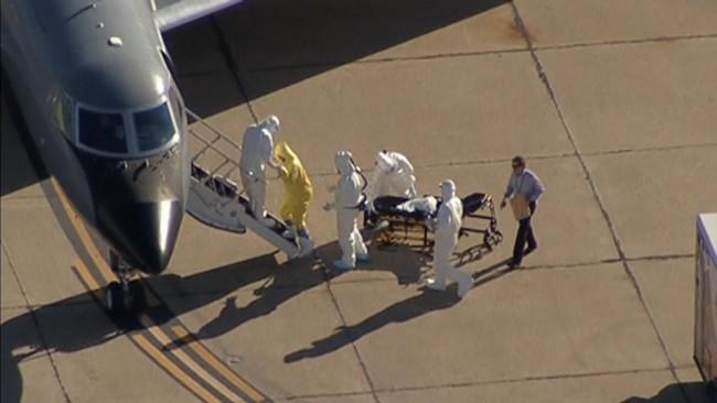 141015-ebola-us-amber-texas-02