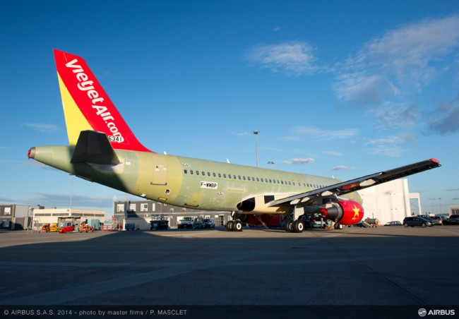 AC-404-20141013-PM-A320 VIETJET MSN6341 OUT OF FAL-002