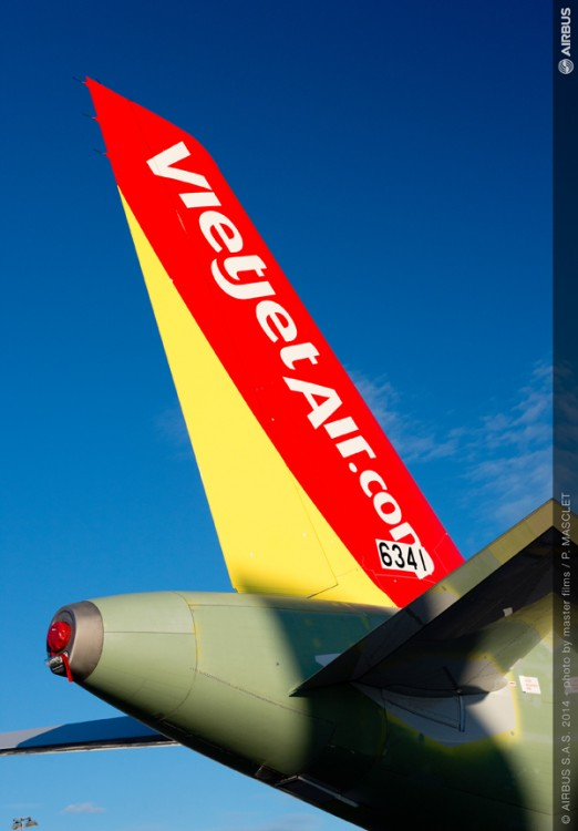 AC-404-20141013-PM-A320 VIETJET MSN6341 OUT OF FAL-004