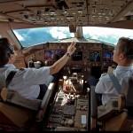 Hơn 1.300 chiếc máy bay Boeing phải thay màn hình buồng lái