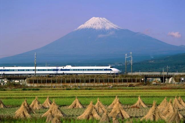 shinkansen-trains-fuji_resize