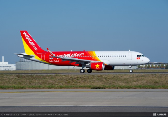 09-AC-423-20141029-HG-A320 VIETJET MSN6341 TAKE OFF-002