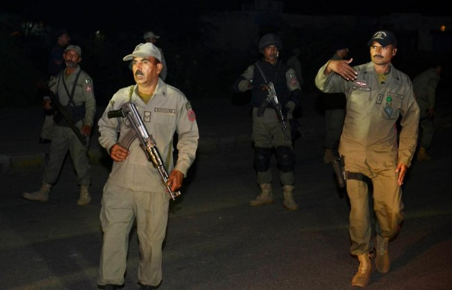 141102-pakistan-suicide-bomb-border-02