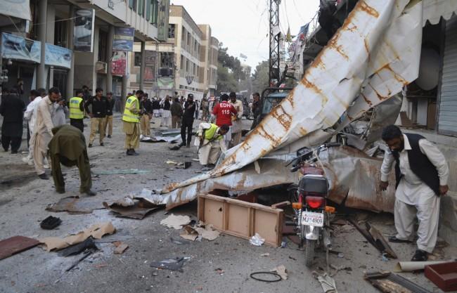 141102-pakistan-suicide-bomb-border-05
