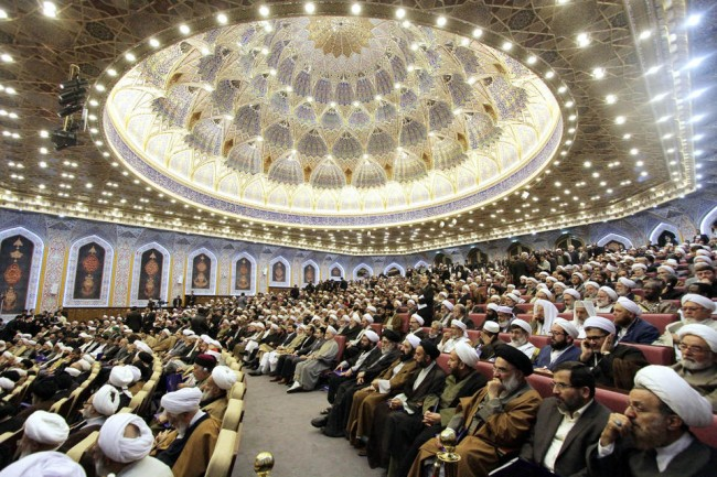 141123-Muslim clerics meet in Iran to counter extremists