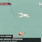 CẬP NHẬT: Chuyến bay QZ8501 lâm nạn – vớt được những thi thể đầu tiên