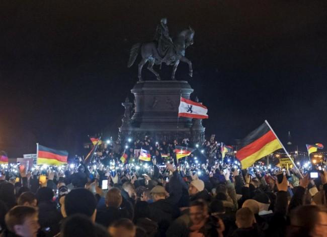 141222-germany-anti-Muslim protesters-02