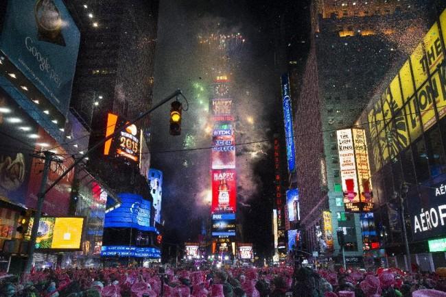 150101-new-york-new-year-01