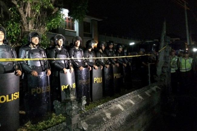 150304-indonesia-transfer-drug-deaths-02