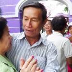 VIDEO: Gia đình Trung học Kiến Tường đoàn tụ với cô Kiêm Hường