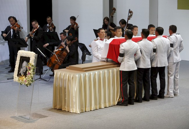 Pallbearers carry the coffin of Singapore's former leader Lee Kuan Yew during his funeral at the National University of Singapore