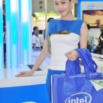 Những người mẫu công nghệ COMPUTEX (4)