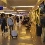 VIDEO: Máy bán nước giải khát tại sân bay Taoyuan Taipei