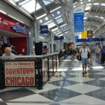 Ăn trưa muộn bằng món đệ nhất Hot Dog Chicago