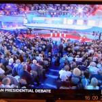 """Cuộc tranh luận """"mình chống ta"""" của 15 ứng cử viên Cộng hòa Mỹ"""