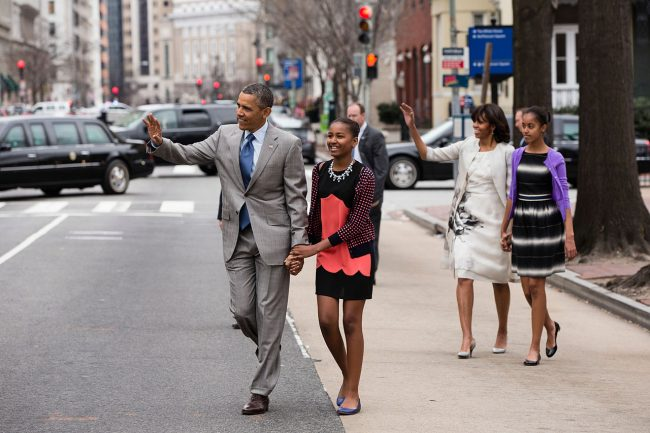 barack-obama-family-08