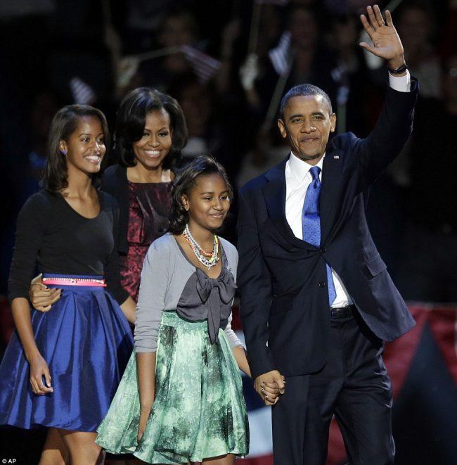 barack-obama-family-18