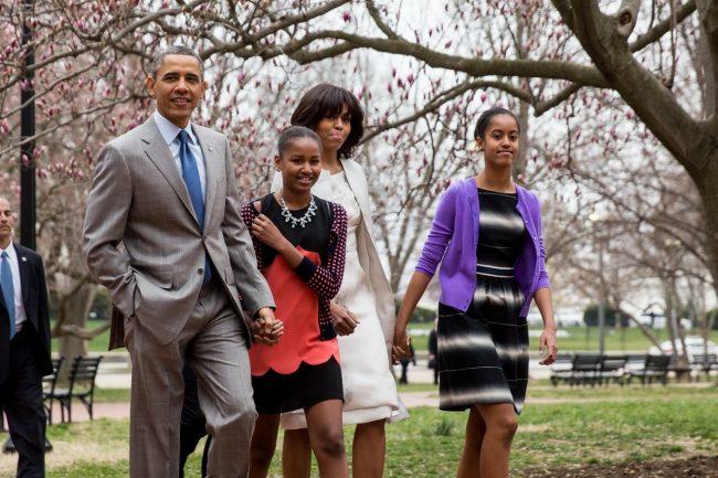 barack-obama-family-73_resize