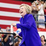 Bà Hillary Clinton: chiến thắng nhưng không phải nụ cười chiến thắng