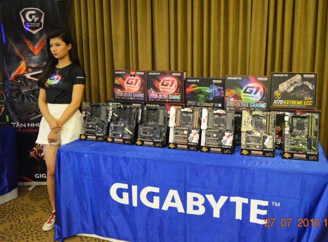 160727-gigabyte-x99-z170-refresh-motherboard-06_resize