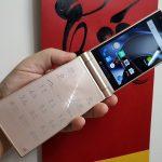 FREETEL Musashi – smartphone nắp gập thời LTE của xứ Phù Tang