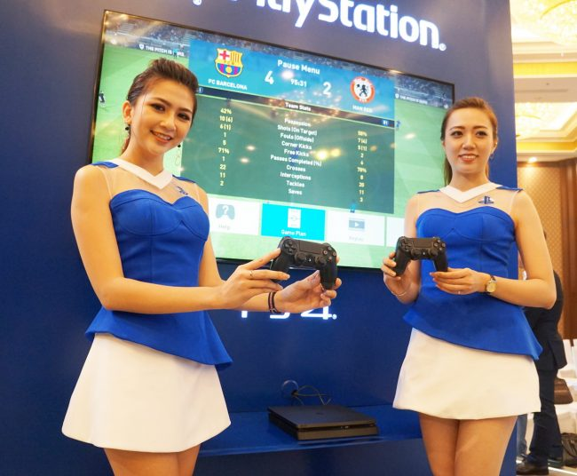 161116-sony-playstation-4-launch-82_resize