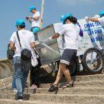 Dell Việt Nam cùng giới truyền thông dọn dẹp chất thải nhựa trên biển