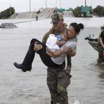 Trận bão Harvey đã đổ xuống Texas 50 ngàn tỷ lít nước