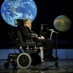 Thiên tài Stephen Hawking đã đi vào vũ trụ