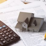 Nhà thuế đánh thuế nhà