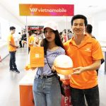"""Vietnamobile đưa """"Thánh SIM"""" vào bán tại 6 cửa hàng Mi Store trên toàn quốc"""