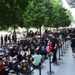 Singapore nóng trước ngày mở bán iPhone Xs