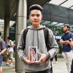 Người đầu tiên sở hữu iPhone Xs Max mua chính thức tại Đông Nam Á là một bạn trẻ Việt Nam
