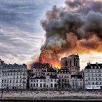 Nhà thờ Đức Bà Paris phát cháy trong khi đang được tu sửa