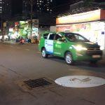 Chuyện pha đèn quảng cáo trên mặt đường