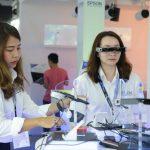 Epson trình diễn máy chiếu công nghệ 3LCD với độ sáng 30.000 lumens và ứng dụng tương tác