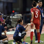 Những cầu thủ nữ đã phải rướm máu để chiến thắng