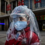 CẬP NHẬT về dịch Wuhan COVID-19 ngày 13-2-2020: số người nhiễm và tử vong được báo cáo tăng vọt