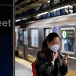 New York sát khuẩn hệ thống xe điện ngầm