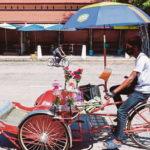 Malaysia tặng tiền cho người lao động nghèo trong thời dịch COVID-19