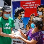 Grab và Quỹ Hy vọng tặng 15.000 suất ăn tới tận tay những người khó khăn trong dịch COVID-19